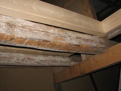 balken verkleiden barrckwand m altholz brettern balken sparren kanthlzer aus altholz. Black Bedroom Furniture Sets. Home Design Ideas